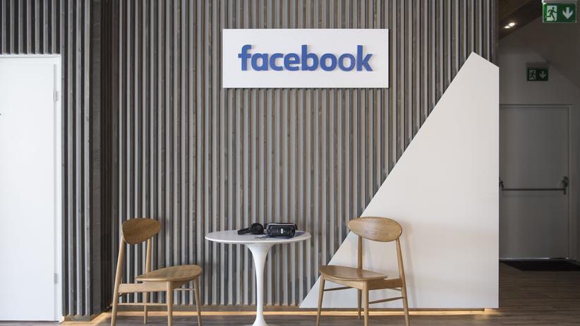 Heiko Maas: Ist da jemand? Die Bundesregierung will Facebook und andere verpflichten, Ansprechpartner für Behörden in Deutschland zu stellen.
