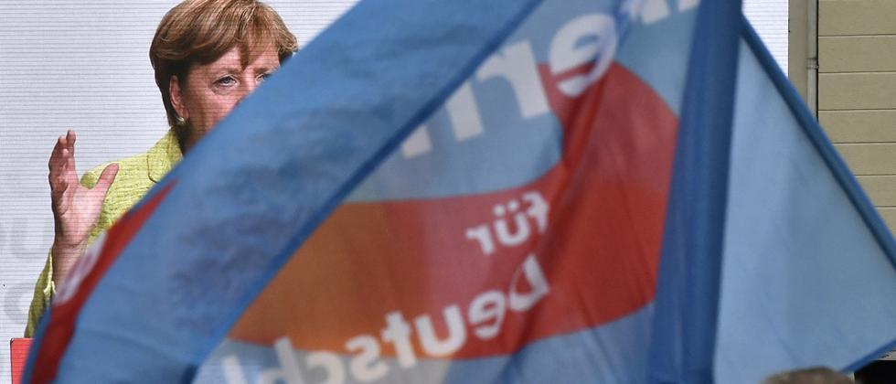 Die AfD übertönt Merkel – auf Facebook ist das häufig so.