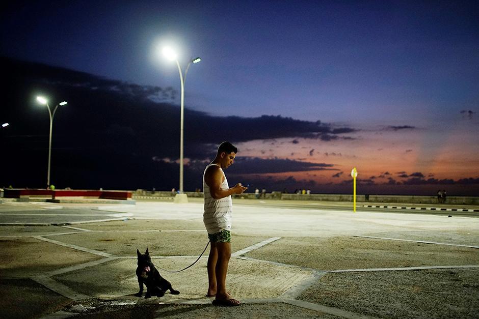 Kuba, Internet
