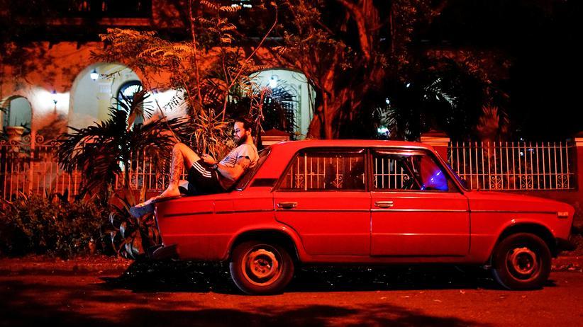 Internetzugang: Kuba ist online – für neun Stunden