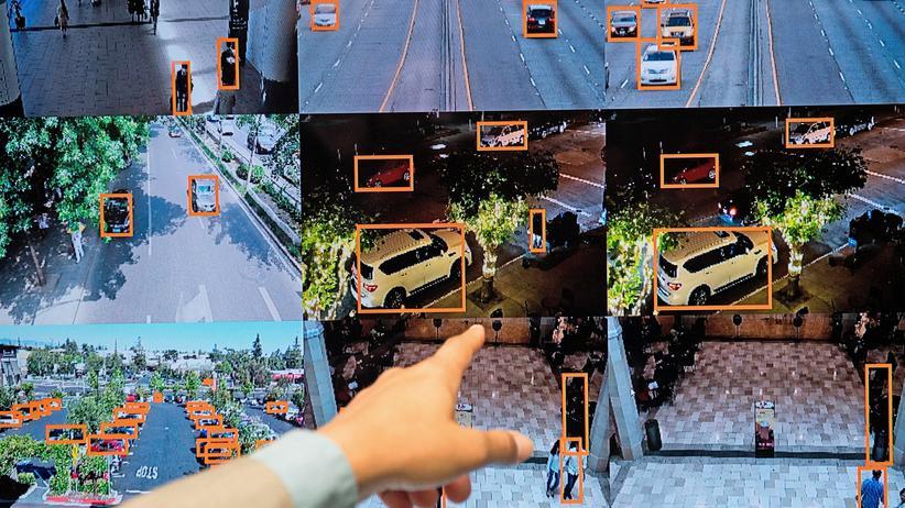 34C3: Künstliche Intelligenz kann Personen wie Fahrzeuge identifizieren. Doch sie lässt sich auch auch verwirren oder überlisten.