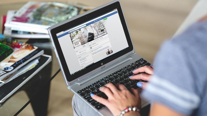 Facebook-Newsfeed: Das Blumenkübelnetzwerk