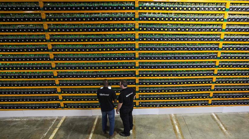Blockchain: In einer Bitcoin-Mine in Kanada