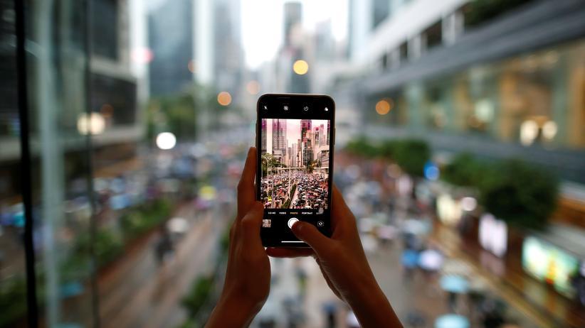 Proteste in Hongkong: Facebook und Twitter sperren Konten mit chinesischer Propaganda