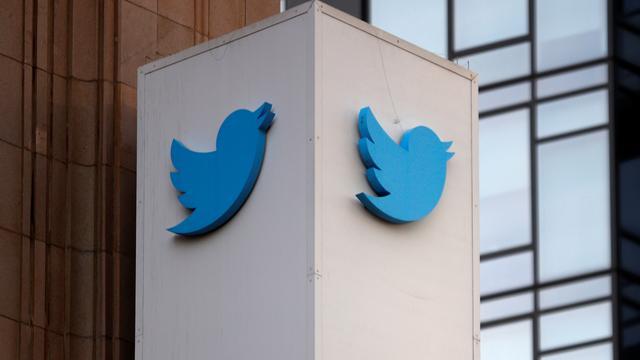 Verschwörungstheorien: Twitter sperrt 70.000 weitere Konten der QAnon-Bewegung
