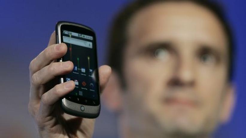 Das Googletelefon Nexus bei seiner offiziellen Vorstellung am 5. Januar in Mountain View