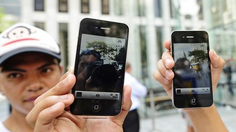iPhone 4: Erste Forderungen nach iPhone-Rückruf