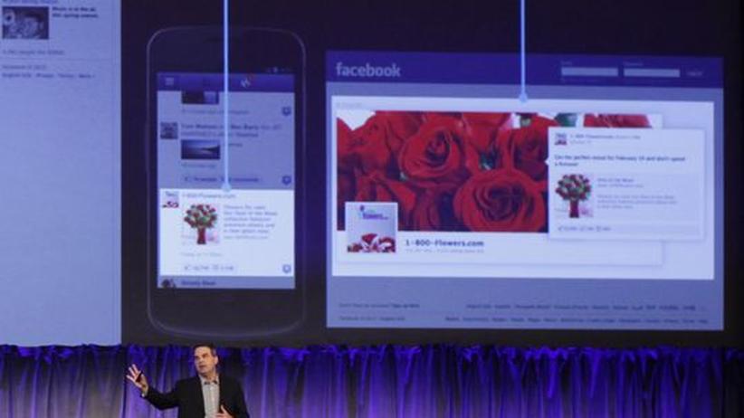 Facebooks Marketing-Direktor Mike Hoefflinger künfigt neue Werbeformen auf Facebook an.
