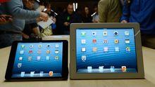 iPad Mini (links) und das aktuelle iPad, das offiziell nicht die Nummer vier trägt.