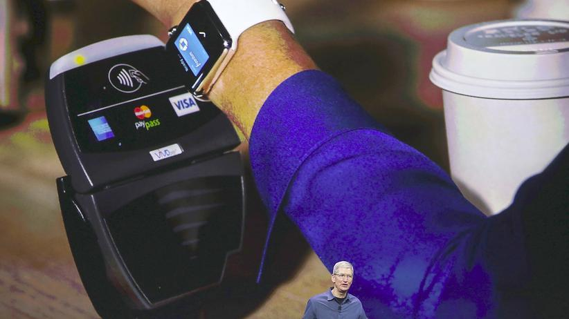 Tim Cook stellt Apple Pay vor