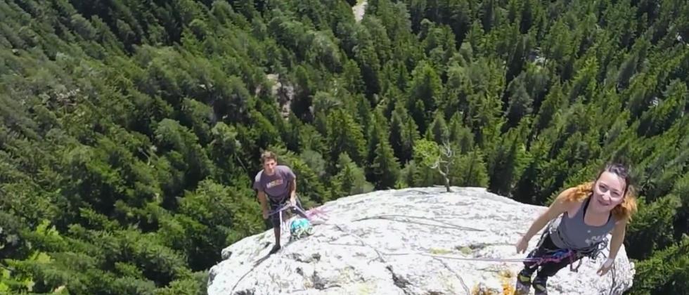 Nicht nur Bergsteiger nutzen GoPros auf Drohnen.