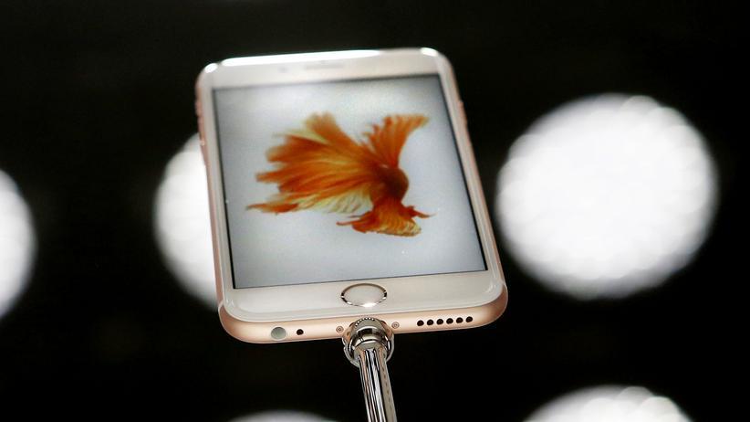 iPhone: Das kleine runde Loch links unten im iPhone 6s, das kommt weg.
