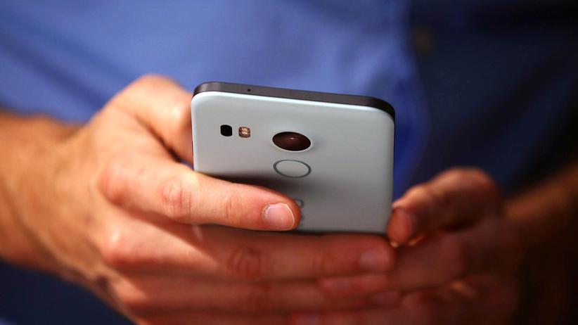 Android: Wer ein Smartphone der Nexus-Reihe hat, profitiert von Googles monatlichen Sicherheitsupdates.