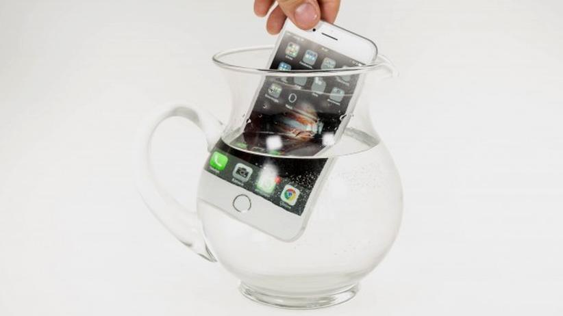 iPhone 7 Plus im Wasserbad