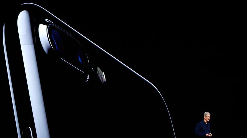 Apple-CEO Tim Cook präsentiert das neue iPhone 7.