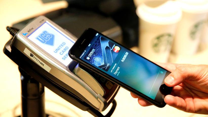 Mobile Payment: Das Smartphonegeld kommt