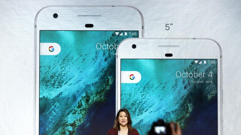 Googles Pixel-Smartphones enthalten den Assistant von Haus aus.