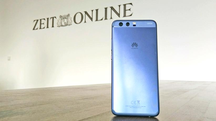 """Das Huawei P10 in """"Dazzling Blue"""""""