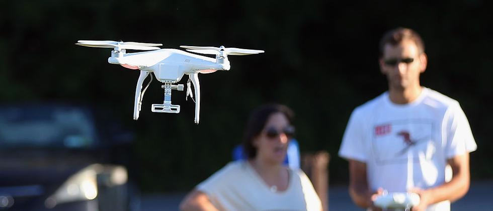 Rund 500.000 Hobby-Multicopter fliegen in Deutschland bereits.