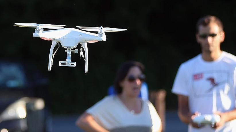 Drohnenverordnung: Rund 500.000 Hobby-Multikopter fliegen in Deutschland bereits.