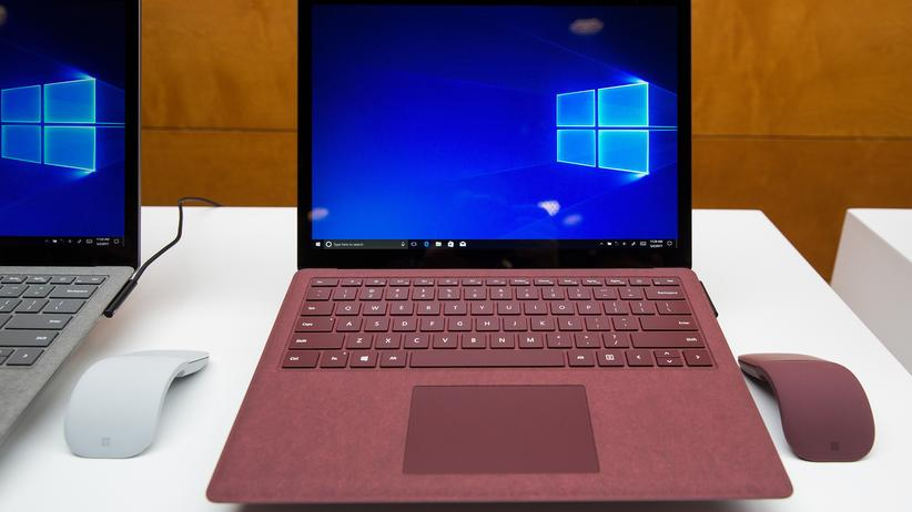 Microsoft Windows: Microsofts Surface Laptop in Bordeaux-Rot