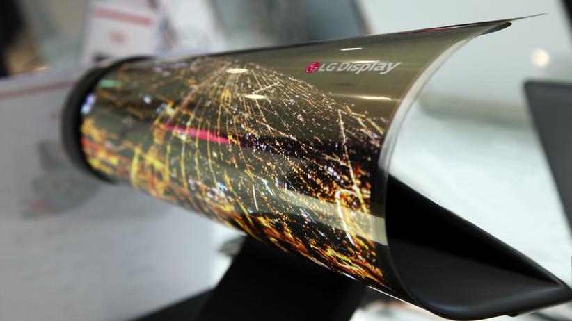 Flexible Displays: Schon 2016 zeigte LG Prototypen seines biegsamen Fernsehbildschirms.