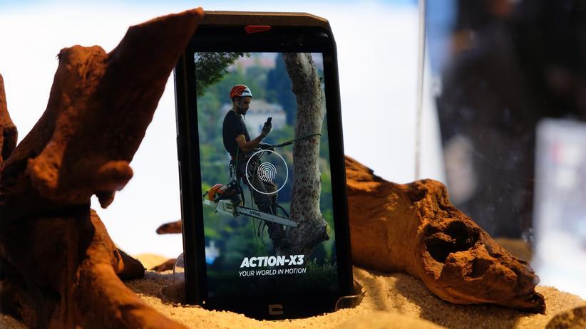 Outdoor-Smartphones: Für Menschen, die mit Kettensägen aufwachen: Das Crosscall Action-X3