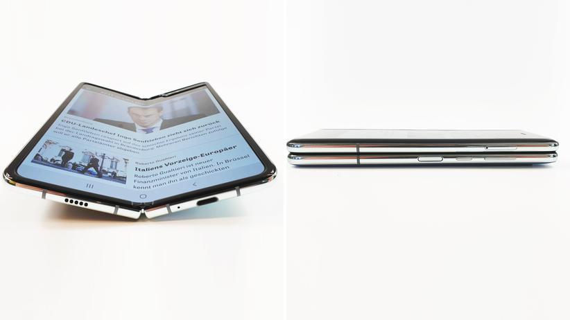 Galaxy Fold: Nutzerinnen und Nutzer können das Galaxy Fold auf- und zuklappen – jetzt womöglich auch ohne Schäden.