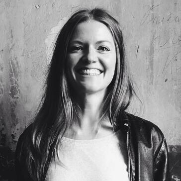 Kati Krause, geboren 1982, lebt nach London und Barcelona nun in Berlin. Sie ist Autorin, Magazinmacherin und Medienberaterin, vor allem im digitalen Bereich.