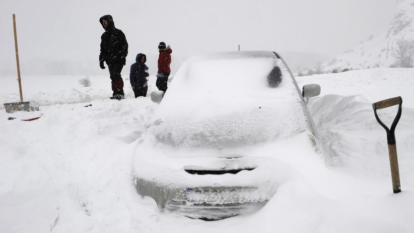 Winter: Mal so richtig romantisch mit dem Auto feststecken