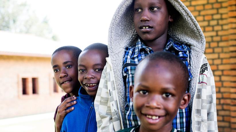 In Byumba leben die Kinder in einer Pflegefamilie und gehen zur Schule