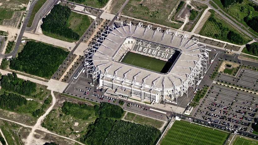 Nordrhein-Westfalen: Stadion von Borussia Mönchengladbach: das Allerheiligste des gewöhnlichen Gladbachers