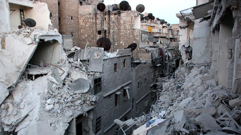 Aleppo: Zerstörte Gebäude in der nordsyrischen Stadt Aleppo nach einem Bombenangriff.