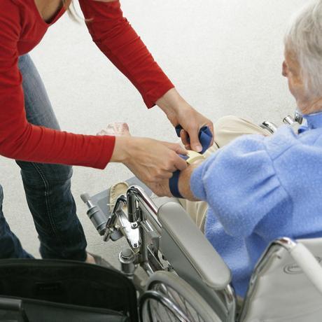 Altenpflege: Pflegemutter