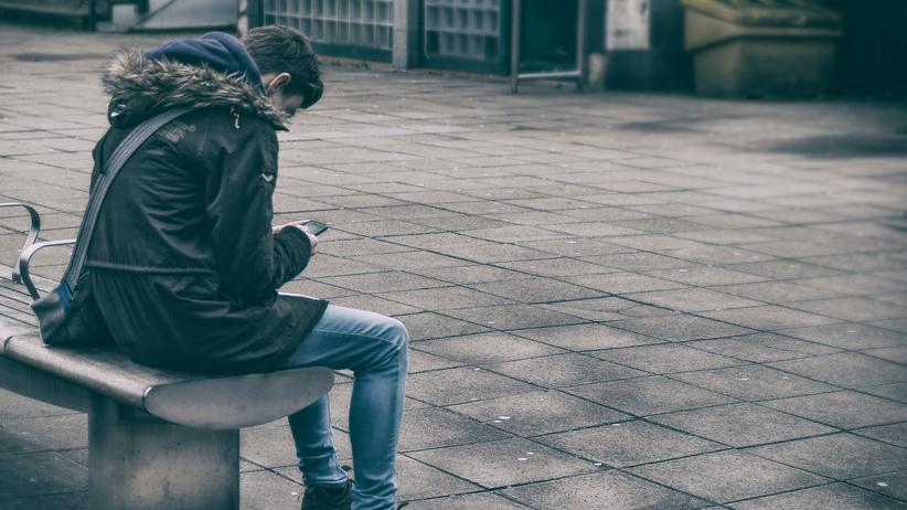 """Soziale Netzwerke: """"Ständig piepte mein Handy, ich konnte kaum noch schlafen."""""""