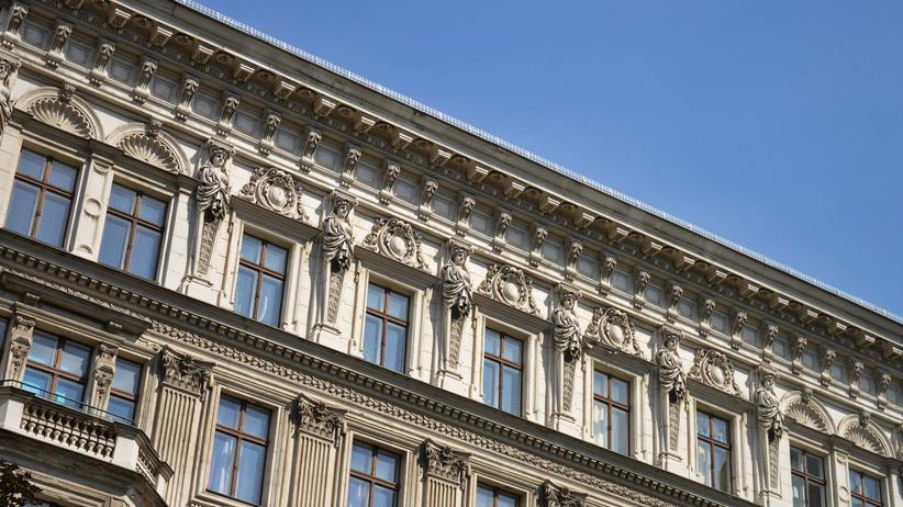 Altbauwohnungen:  Altbau in der Turmstrasse in Moabit, Berlin-Mitte