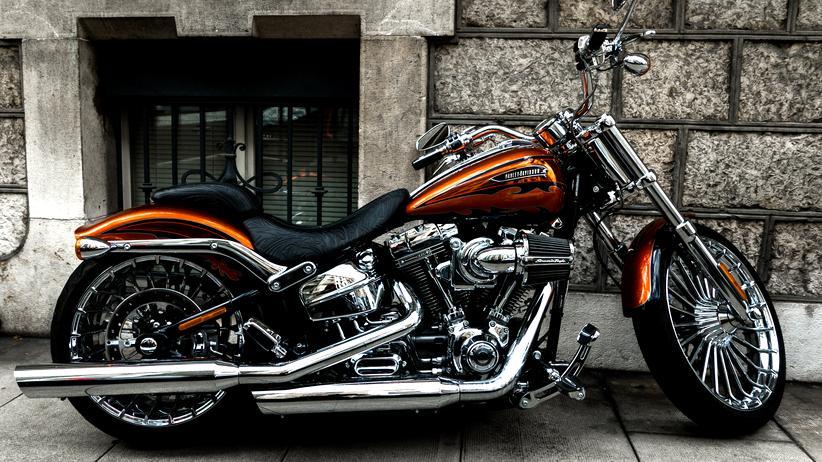 Harley-Davidson: Harley fahren ist ein teures Hobby: Allein die Maschine kostet an die 20.000 Euro.