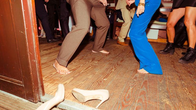 Party: Die Party ist das schwarze Schaf der Etikette. Ein paar Regeln gibt es trotzdem.