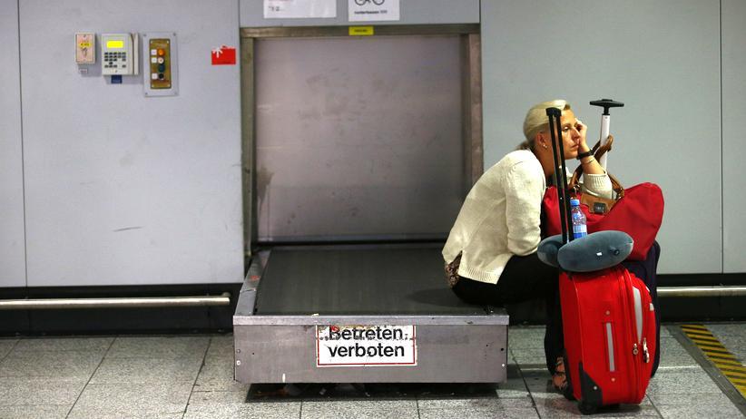 Flugbegleiter bei Lufthansa: Betreten verboten – aber was ist mit Besitzen? Hier geht es um die wichtigsten Passagierrechte.