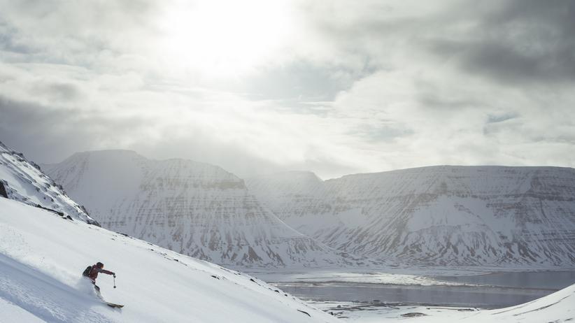 Island: Wilde weite Fjorde