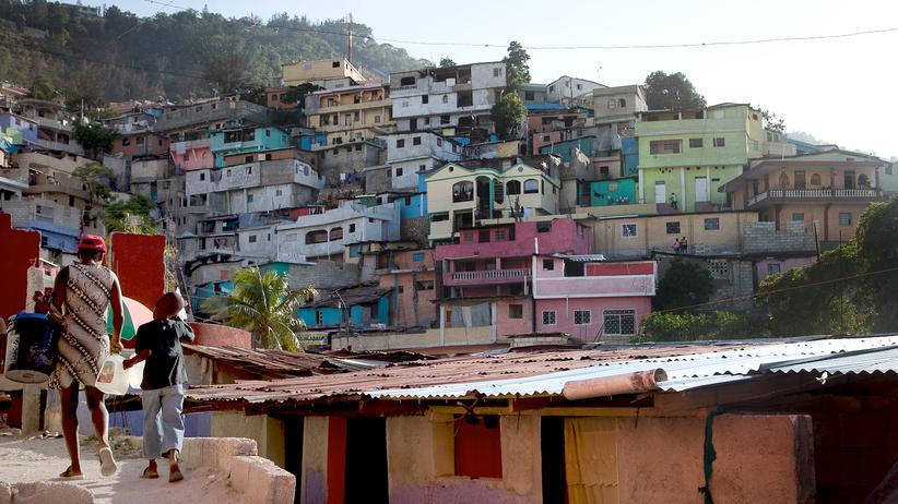 Port-au-Prince: Die Pastellfarben sollen den Slum Jalousie aufwerten.