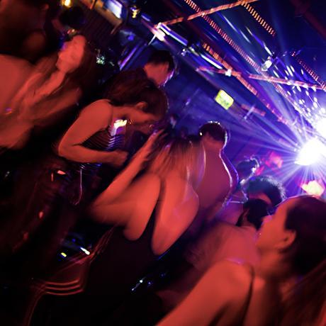 Tel Aviv: Partymachen ist harte Arbeit