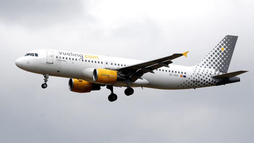 Flugannullierung: Fluggesellschaften müssen auch Vermittlungsgebühren erstatten