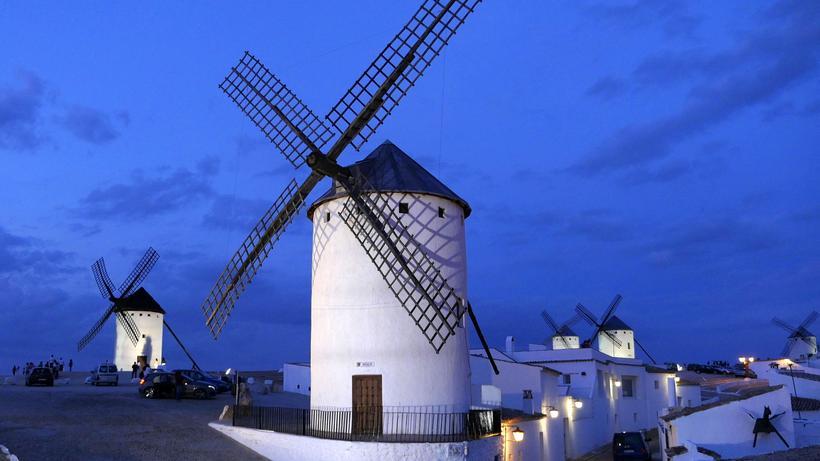 Don Quijote 1 000 Kilometer Gegen Windmuhlen Zeit Online