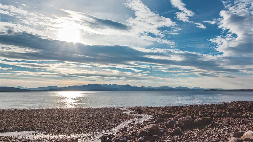 Schottland: Ein Zuhause am Atlantik: Reiner Luyken lebt in dem 300-Einwohner-Dörfchen Achiltibuie direkt an der Küste mit Blick auf die Summer Isles.