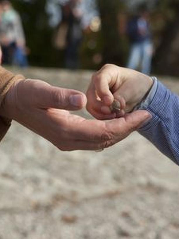 Wer darf leben?: Ein Kind mit Down-Syndrom? Für manche Familien ist die Entscheidung eine Zerreißprobe.
