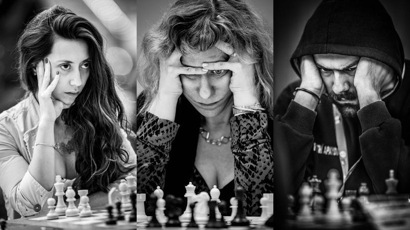 Durchwühlte Haare, zerfurchte Gesichter: So angespannt sehen Menschen beim Schachspielen aus