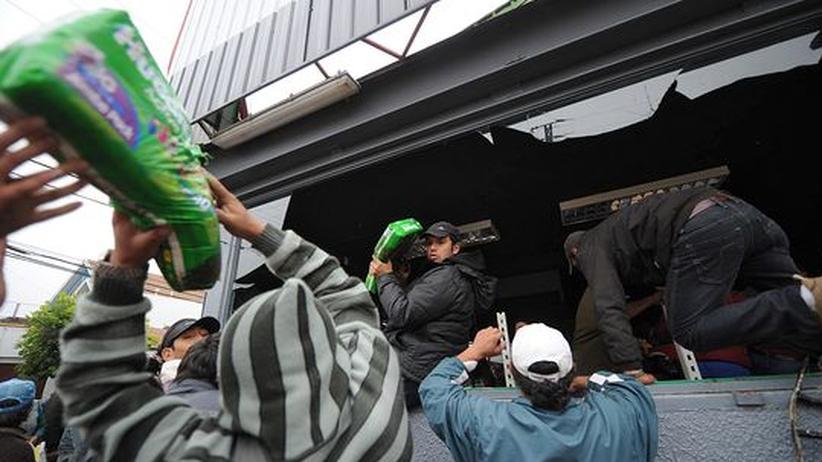 Plünderungen nach Erdbeben: Chiles Regierung verhängt Ausgangssperre
