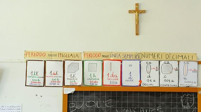 Glaubensfreiheit: Keine deutsche Diskussion: Auch in Italien wird erbittert über Kruzifixe im Klassenzimmer gestritten
