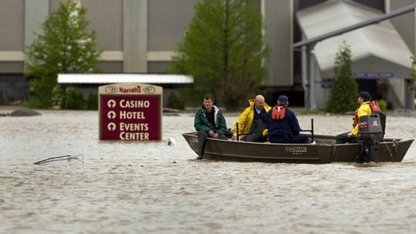 Unwetter in den USA: Auf die Tornados folgt das Hochwasser